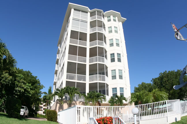 Sun Harbour Club - Luxury Condos on Marco Island Florida